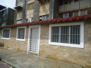 Apartamento En Venta En Cabudare, La Mora, Venezuela, VE RAH: 17-10898