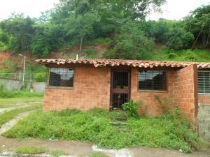 Casa En Venta En Santa Teresa, Centro, Venezuela, VE RAH: 17-10878