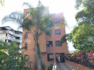 Apartamento En Venta En Caracas, Miranda, Venezuela, VE RAH: 17-10876