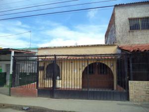 Casa En Alquiler En Barquisimeto, Parroquia Catedral, Venezuela, VE RAH: 17-10890
