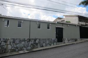 Casa En Ventaen San Antonio De Los Altos, El Picacho, Venezuela, VE RAH: 17-11282