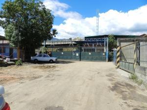 Galpon - Deposito En Ventaen Guatire, Guatire, Venezuela, VE RAH: 17-10960