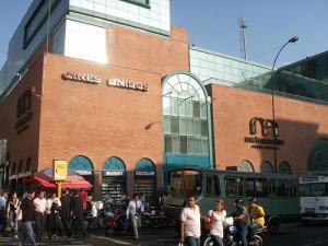 Local Comercial En Alquiler En Caracas, Centro, Venezuela, VE RAH: 17-10984