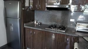 Apartamento En Venta En Caracas - Las Mercedes Código FLEX: 17-11003 No.5