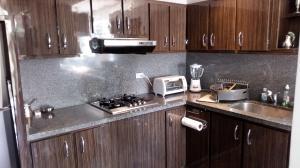 Apartamento En Venta En Caracas - Las Mercedes Código FLEX: 17-11003 No.4