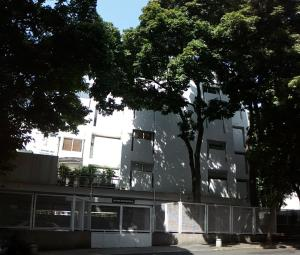 Apartamento En Venta En Caracas - Las Mercedes Código FLEX: 17-11003 No.0