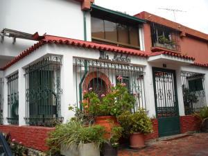 Casa En Ventaen Caracas, Piedra Azul, Venezuela, VE RAH: 17-11462