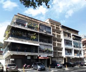 Apartamento En Ventaen Caracas, El Paraiso, Venezuela, VE RAH: 17-11030
