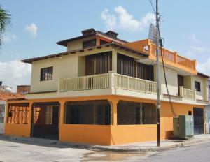 Casa En Ventaen Turmero, La Fuente, Venezuela, VE RAH: 17-11036