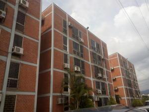 Apartamento En Venta En Guarenas, Las Islas, Venezuela, VE RAH: 17-11041