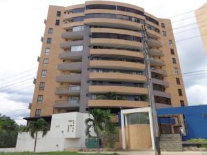 Apartamento En Ventaen Municipio Naguanagua, Maã±Ongo, Venezuela, VE RAH: 17-11044