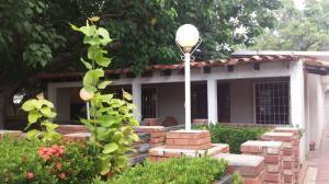 Casa En Venta En Maracaibo, La Coromoto, Venezuela, VE RAH: 17-11048