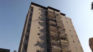 Apartamento En Venta En Caracas, San Bernardino, Venezuela, VE RAH: 17-11110