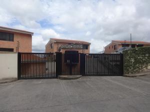 Apartamento En Venta En Caracas, Oripoto, Venezuela, VE RAH: 17-11063
