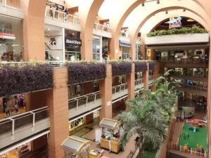 Local Comercial En Venta En Caracas, El Cafetal, Venezuela, VE RAH: 17-11058
