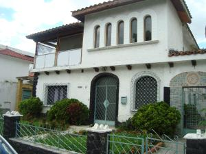 Casa En Venta En Caracas, El Paraiso, Venezuela, VE RAH: 17-11066