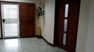Oficina En Alquiler En Maracaibo, Pueblo Nuevo, Venezuela, VE RAH: 17-11111