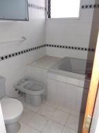 Apartamento En Venta En Caracas - Santa Eduvigis Código FLEX: 17-11376 No.8
