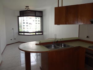 Apartamento En Venta En Caracas - Santa Eduvigis Código FLEX: 17-11376 No.2