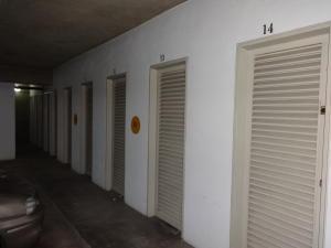 Apartamento En Venta En Caracas - Santa Eduvigis Código FLEX: 17-11376 No.17