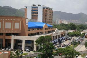 Oficina En Alquiler En Municipio Naguanagua, La Granja, Venezuela, VE RAH: 17-11151