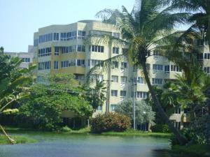 Apartamento En Venta En Tucacas, Tucacas, Venezuela, VE RAH: 17-11152