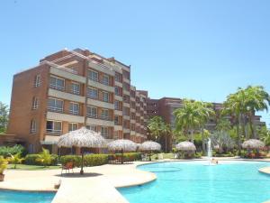Apartamento En Venta En Rio Chico, Los Canales De Rio Chico, Venezuela, VE RAH: 17-11183