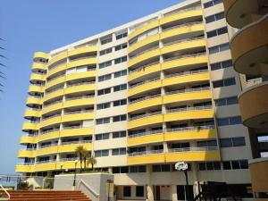 Apartamento En Venta En Lecheria, Las Palmeras, Venezuela, VE RAH: 17-11240