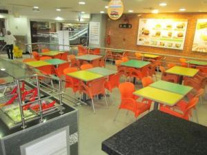 Local Comercial En Venta En Caracas En La Castellana - Código: 17-11244