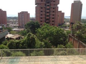 Terreno En Venta En Maracaibo, Banco Mara, Venezuela, VE RAH: 17-11253