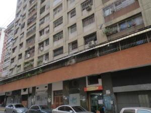 Apartamento En Venta En Caracas, Parroquia La Candelaria, Venezuela, VE RAH: 17-11607
