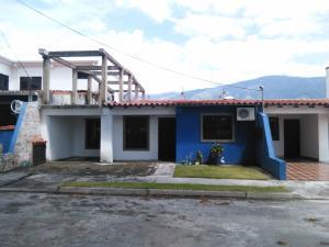 Casa En Venta En San Felipe, San Felipe, Venezuela, VE RAH: 17-11358