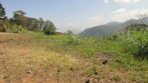 Terreno En Ventaen Parroquia Carayaca, Almendron, Venezuela, VE RAH: 17-11297