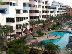 Apartamento En Ventaen Higuerote, Agua Sal, Venezuela, VE RAH: 17-11327