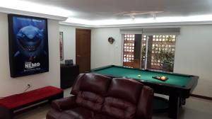 Casa En Venta En Maracaibo, La Lago, Venezuela, VE RAH: 17-11317