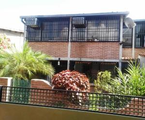 Townhouse En Venta En Guatire, El Castillejo, Venezuela, VE RAH: 17-11322