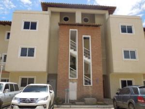 Apartamento En Alquileren Lecheria, Complejo Turistico El Morro, Venezuela, VE RAH: 18-537