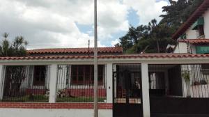 Casa En Venta En Valencia, Trigal Norte, Venezuela, VE RAH: 17-11426
