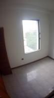 Apartamento En Venta En Caracas - Santa Eduvigis Código FLEX: 17-11376 No.7