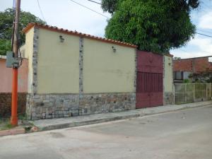 Casa En Venta En Valencia, Lizandro Alvarado, Venezuela, VE RAH: 17-11578