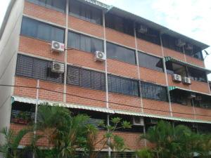 Apartamento En Ventaen Guarenas, Ciudad Casarapa, Venezuela, VE RAH: 17-11394