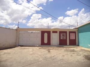 Casa En Venta En Coro, Monseñor Iturriza, Venezuela, VE RAH: 17-11408