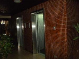 Apartamento En Venta En Caracas - Colinas de La California Código FLEX: 17-11500 No.2