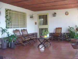 Casa En Ventaen Maracay, El Toro De Las Delicias, Venezuela, VE RAH: 17-11439