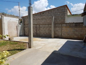 Casa En Venta En Cabimas, Santa Clara, Venezuela, VE RAH: 17-11444