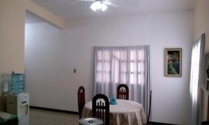 Casa En Ventaen Cabimas, Santa Clara, Venezuela, VE RAH: 17-11444