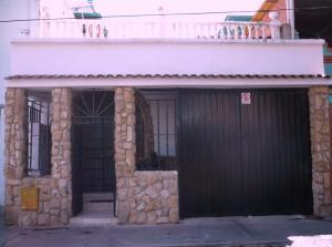 Casa En Ventaen Caracas, Parroquia Santa Rosalia, Venezuela, VE RAH: 17-11461