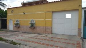 Casa En Venta En Turmero, Los Caobos, Venezuela, VE RAH: 17-11482