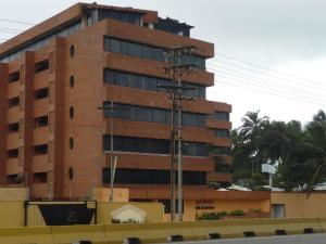 Apartamento En Venta En Tucacas, Tucacas, Venezuela, VE RAH: 17-11492