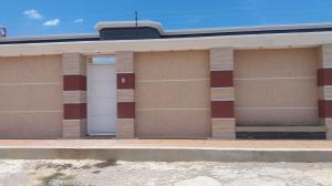 Casa En Venta En Punto Fijo, Guanadito, Venezuela, VE RAH: 17-11495
